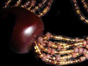 necklaces style1.jpg (19434 bytes)